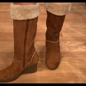 UGG Australia Sandra in the color Chestnut 8